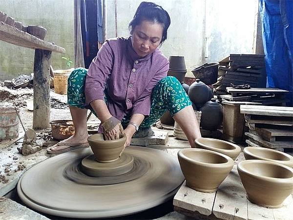 pottery village fights for survival