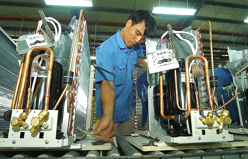 shortage in labour after tet minimal