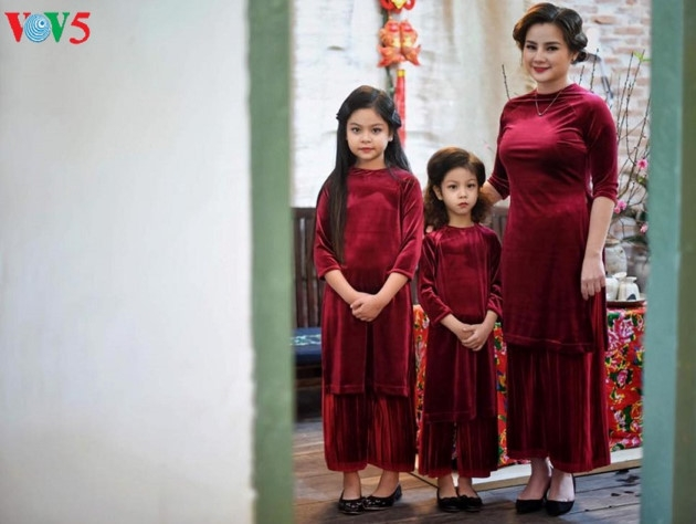 traditional ao dai for tet