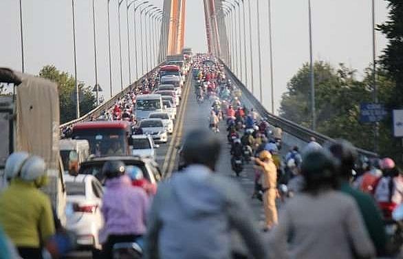 tet returnees block mekong delta hcm city highways