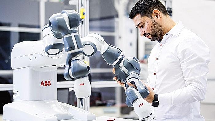 robotics conquers 40 manufacturing
