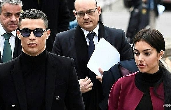ronaldo back in madrid ready to tackle favourite victim atletico