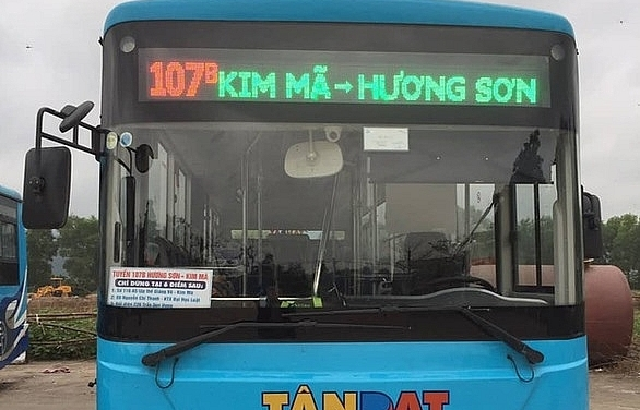 bus routes from downtown hanoi to huong pagoda launched