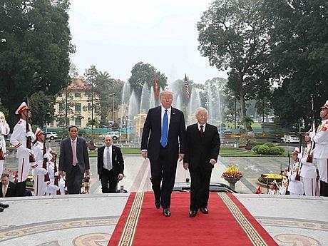 top vietnamese leader welcomes us president