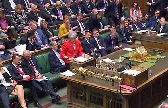 uk mps back mays new plan which could delay brexit