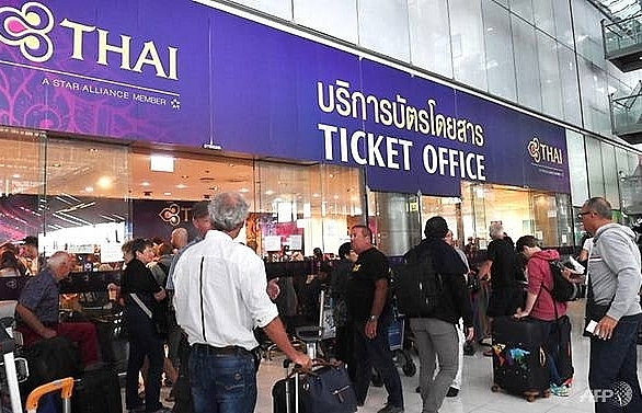 tourists stranded in bangkok as thai airways cancels flights over pakistan