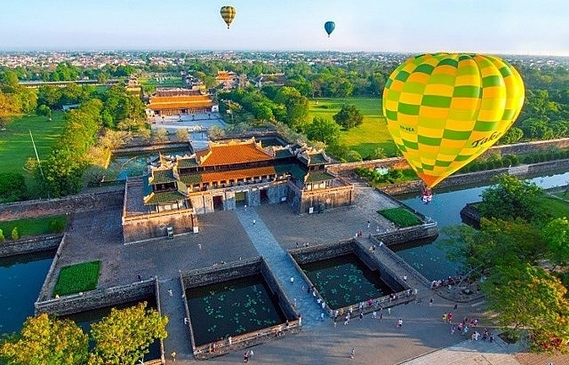 hue international hot air balloon festival on the horizon