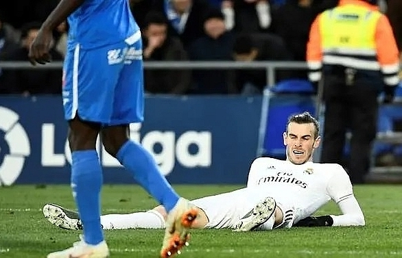 bale returns to madrid squad zidane insists no problems