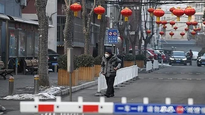 china coronavirus death toll surpasses 900