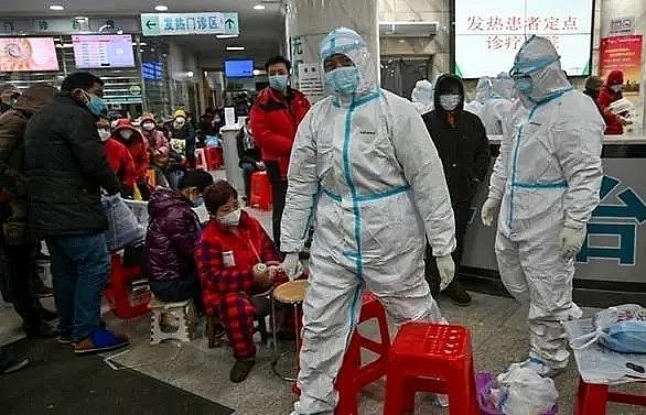 chinas hubei province reports 116 new coronavirus deaths 4823 new cases