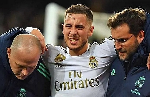 hazard returns for real madrid as barcelona struggle to keep their sparkle
