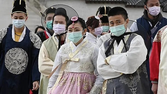 south korea reports 142 more covid 19 cases total 346