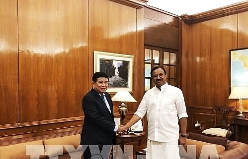 vietnam india bolster bilateral investment trade
