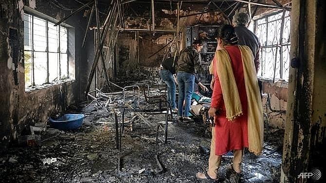 sporadic violence in delhi as death toll hits 33