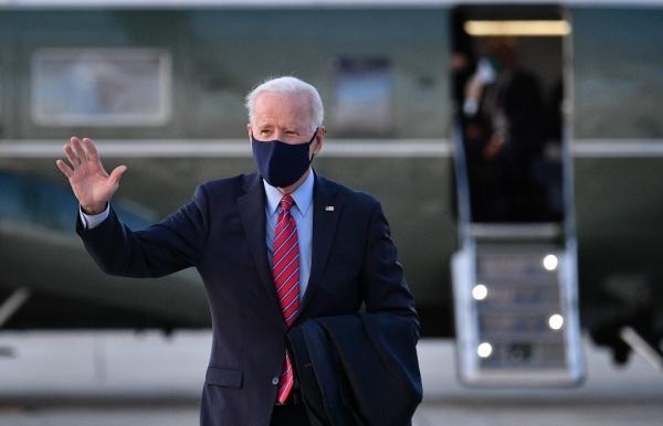 biden says erratic trump should not receive intel briefings