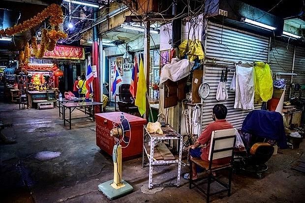nesdc thai economy posts highest contraction since 1998