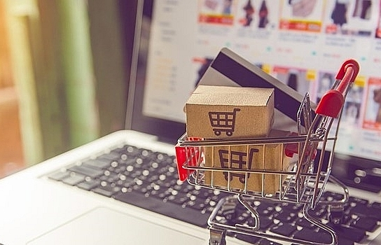 e commerce continues to thrive amid pandemic