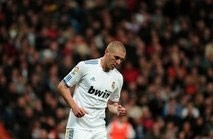 zidane helped benzema return to form mourinho