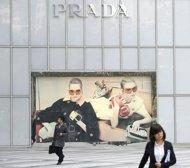 prada 2011 net profit climbs 722 pct on asia retail sales