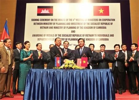 vietnam and cambodia grow cross border trade investment