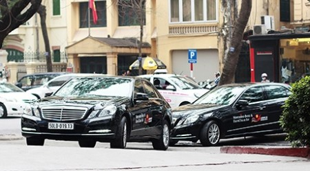 mercedes benz provided first class transportation experience at asean eu summit