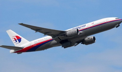 vietnam navy says malaysia airlines plane crashes off tho chu island