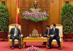 pm dung receives former uk pm