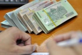 Soaring credit triggers warning