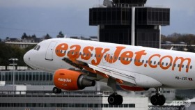 EasyJet to change cockpit policy after French Alps crash