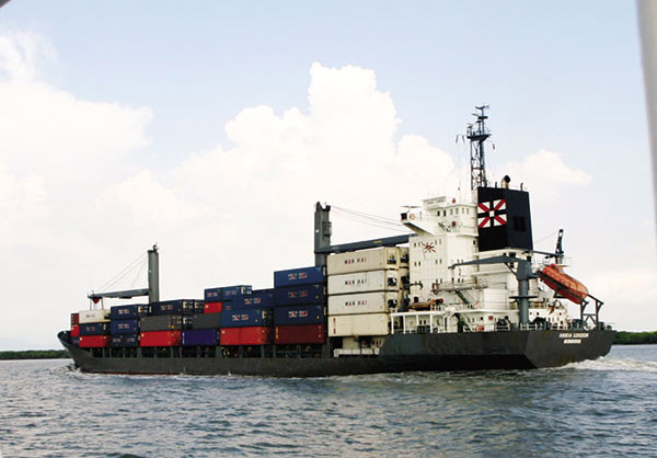 foreign shipping lines must now publicise fees