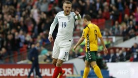 England, Germany stay on course for Russia
