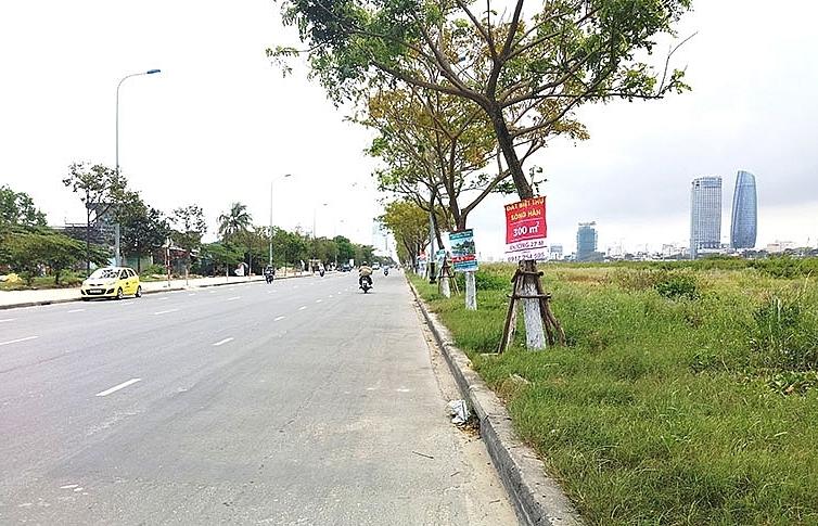 danang land plot segment takes divisive flight