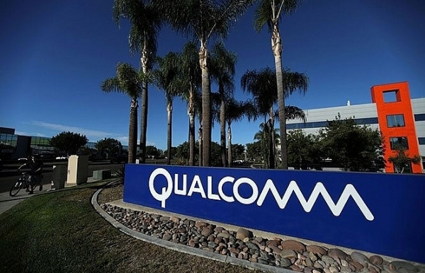 qualcomm requests national security review of broadcom bid