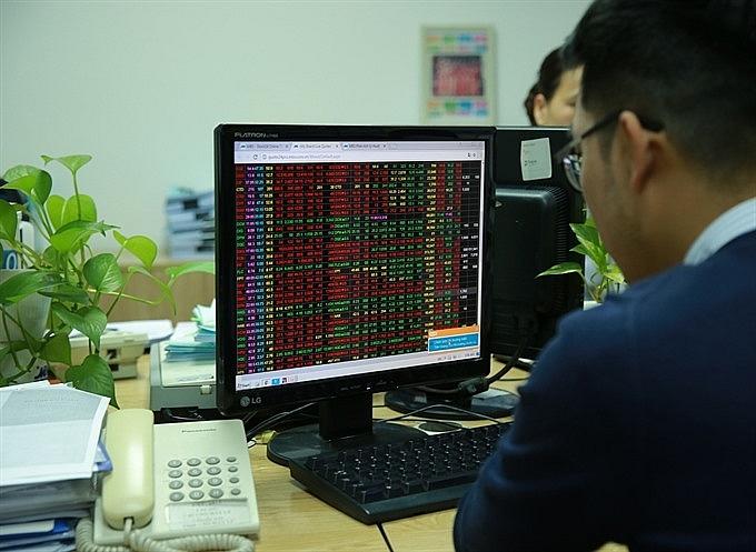 vie t nam stocks lose on last minute selling