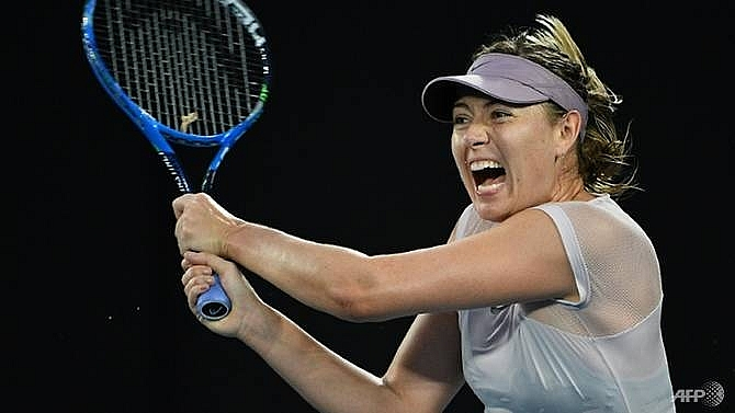 sharapova splits with dutch tennis coach
