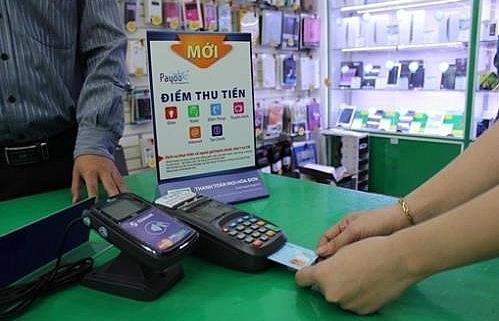 govt seeks more non cash payments for public services