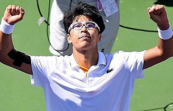 chung reaches quarter finals at indian wells
