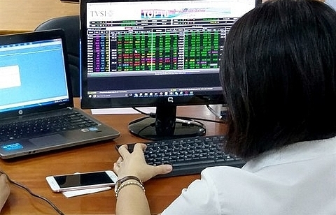 blue chips push down vn index