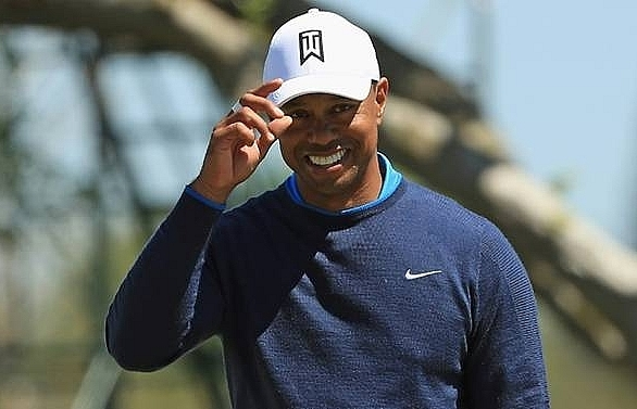 tiger woods opens strong at bay hill in key masters tune up