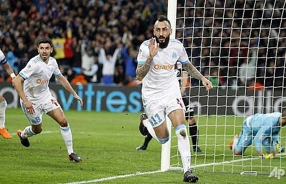 depay grabs lyon dramatic win over top three rivals marseille