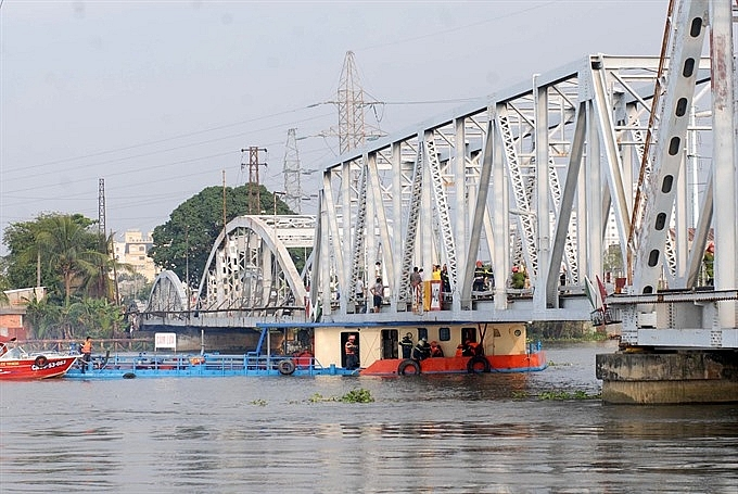 bot waterway to cut transport costs