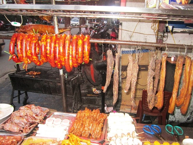 delicious grilled food of sapa town