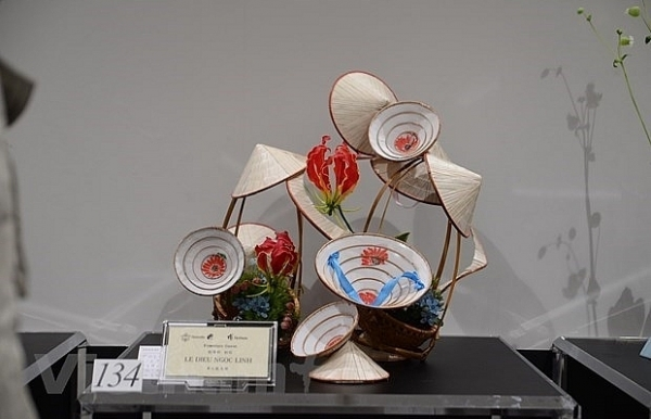 vietnam attends ikebana exhibition in japan for first time