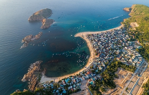 stunning beauty of quy nhon from height