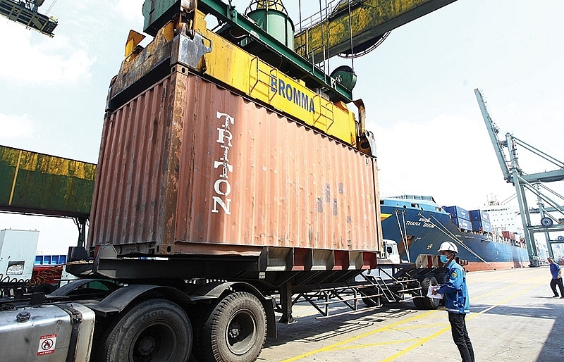 global trade opens to local companies