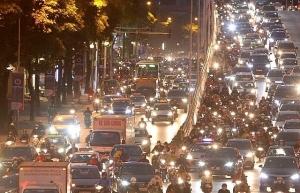 in photos rush hour hits hanoi