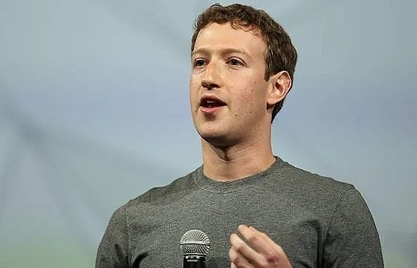 facebook chief wants more active government role regulating internet