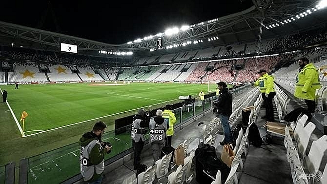 juventus lyon champions league game behind closed doors in turin