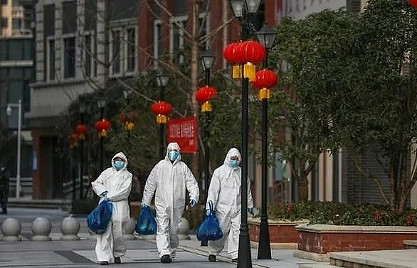 china reports no new domestic covid 19 cases for first time but 34 imported