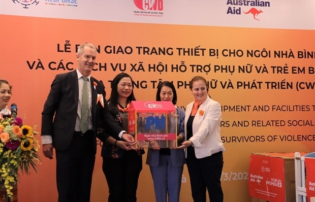 un women helps upgrade services assisting violence victims in vietnam